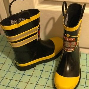 Boys Western Chief rain boots fireman